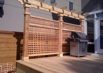 cedar-deck-and-screen